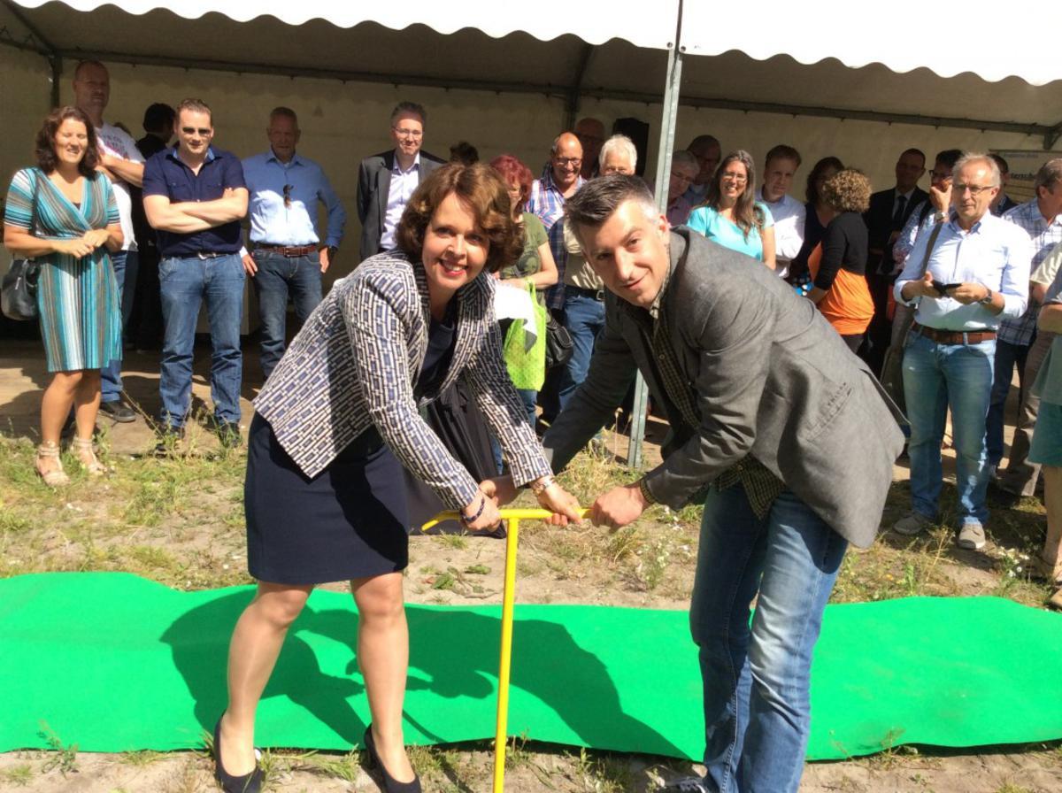 Groene Warmtestation officieel geopend door dijkgraaf Carla Moonen en wethouder Selcuk Akinci foto Gemeente Breda