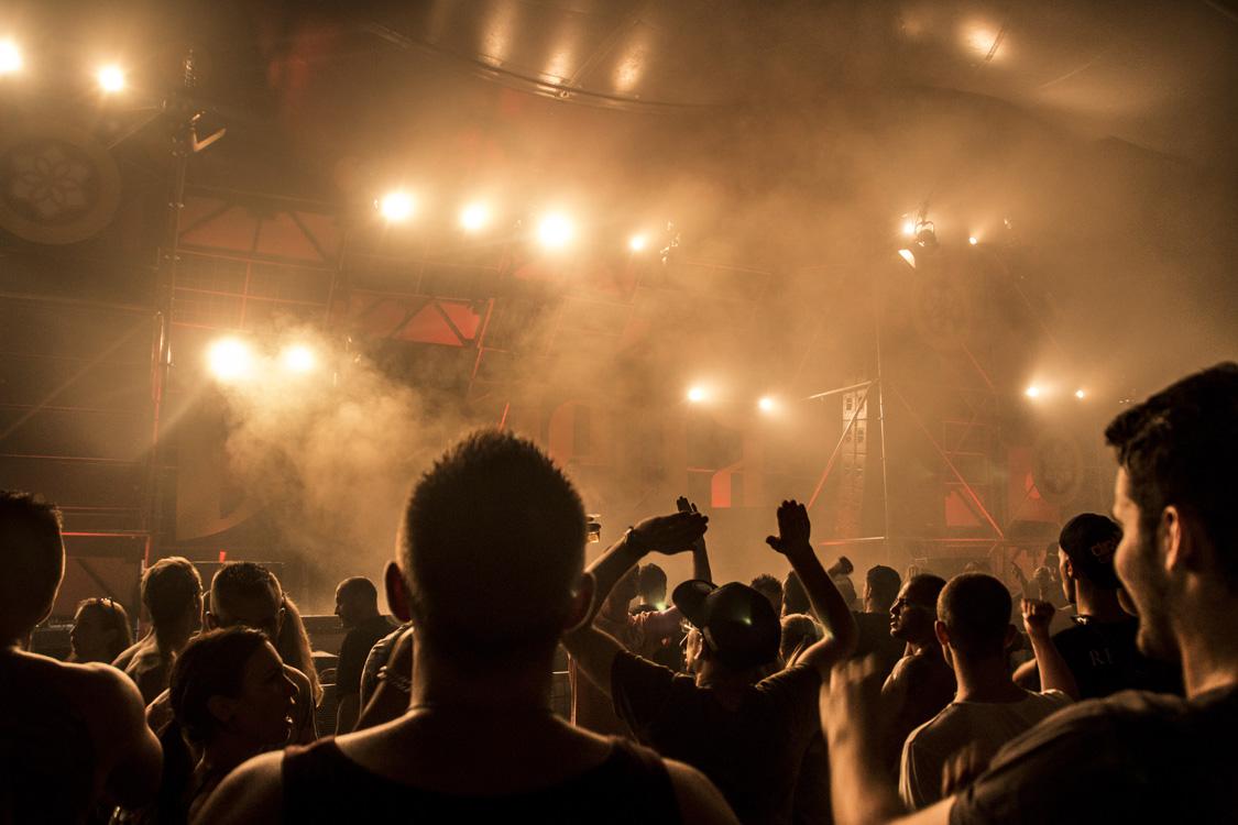 Meerdaags dancefestival Dream Village streek dit jaar voor het eerst neer bij Bavel.