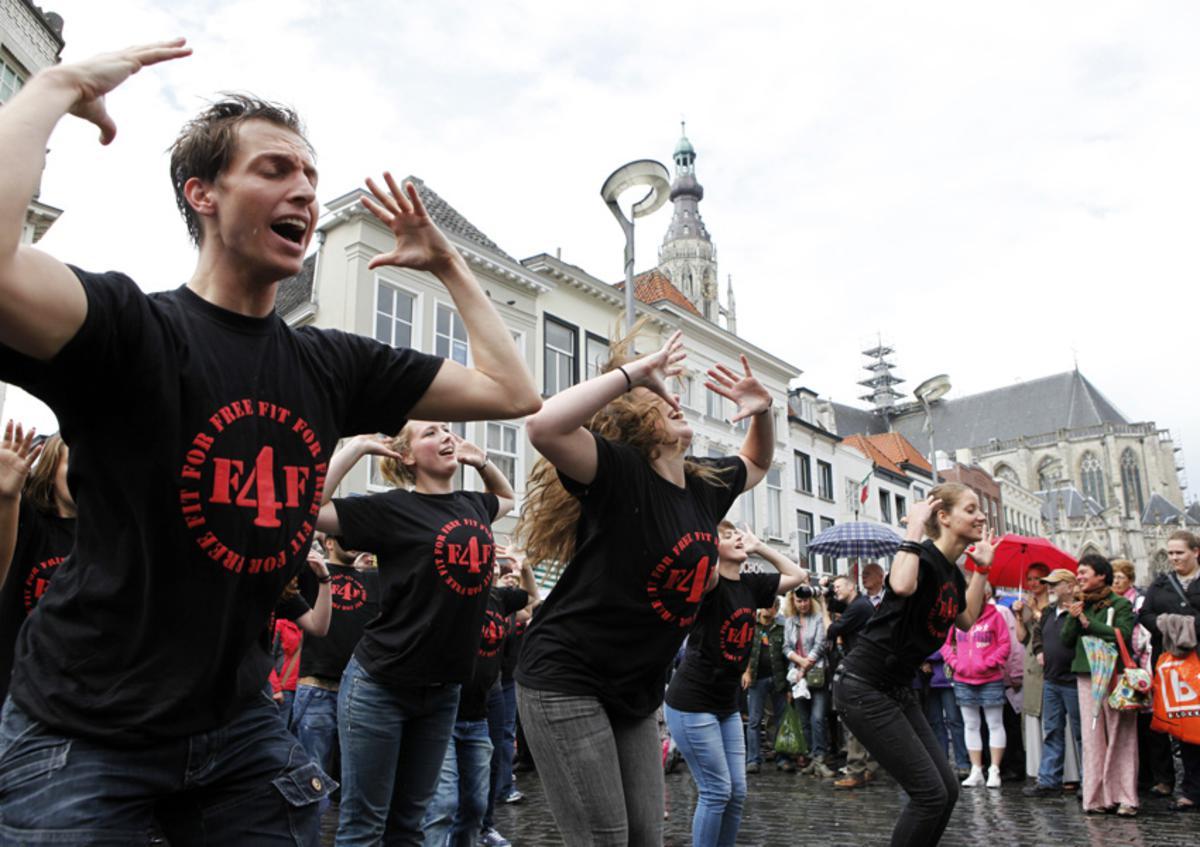 De binnenstad werd verrast door een flashmob vanwege Roodharigendag