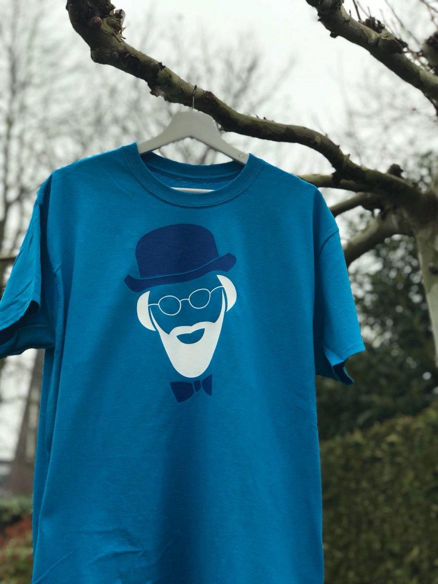Update: Smurfblauwe shirt voor Vader Abraham al weer uit de handel