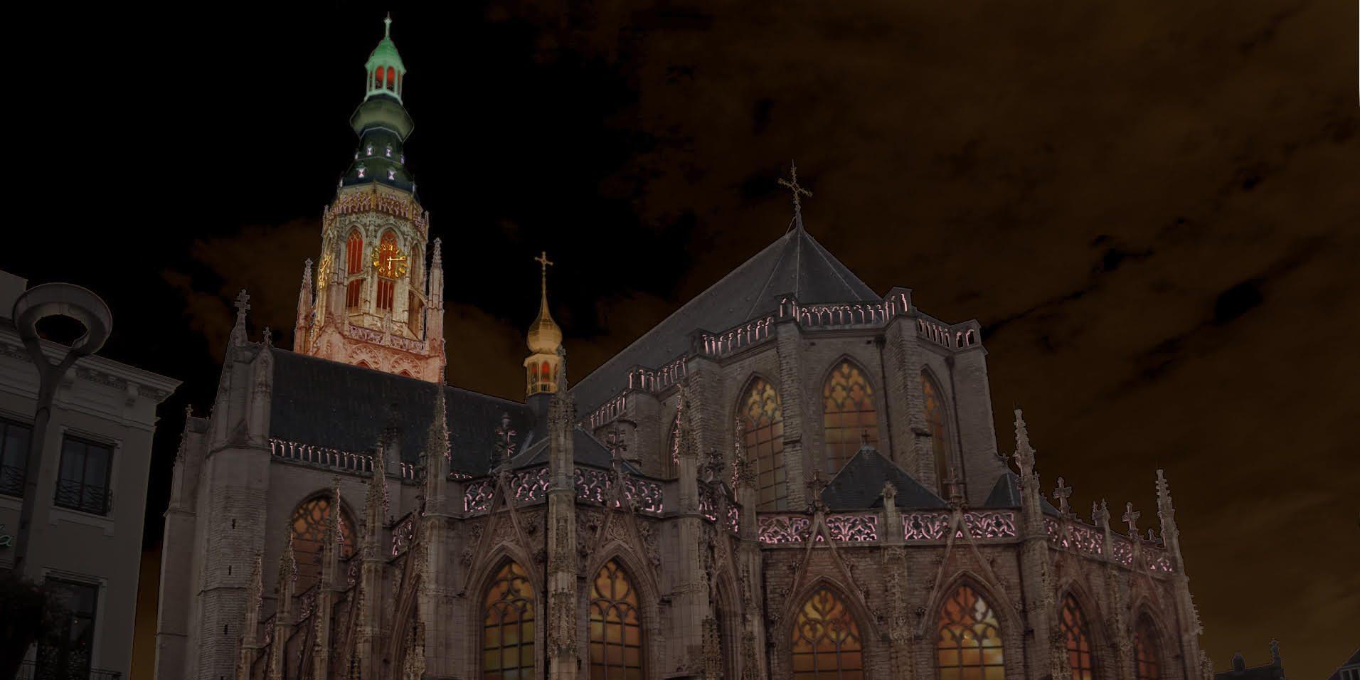 Onthulling nieuwe verlichting Grote Kerk Breda met lichtshow