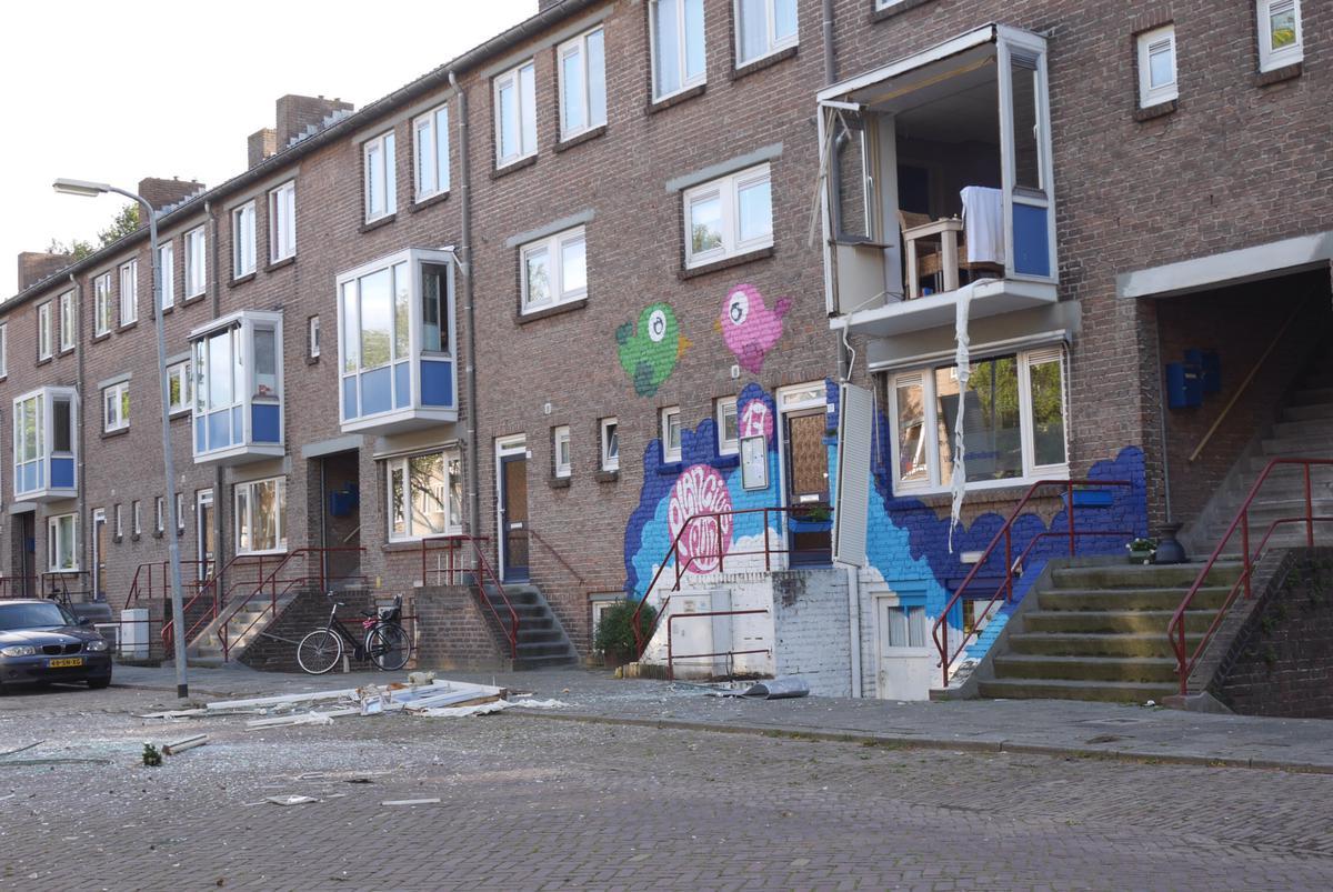 In een woning aan de Hudsonstraat heeft dinsdagmorgen een ontploffing plaatsgevonden. Daarbij raakte niemand gewond.