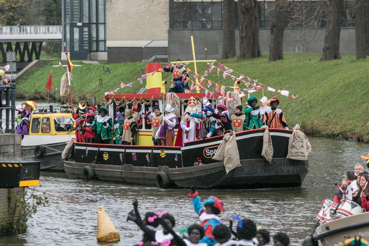 De intocht van Sinterklaas, 14 november 2015