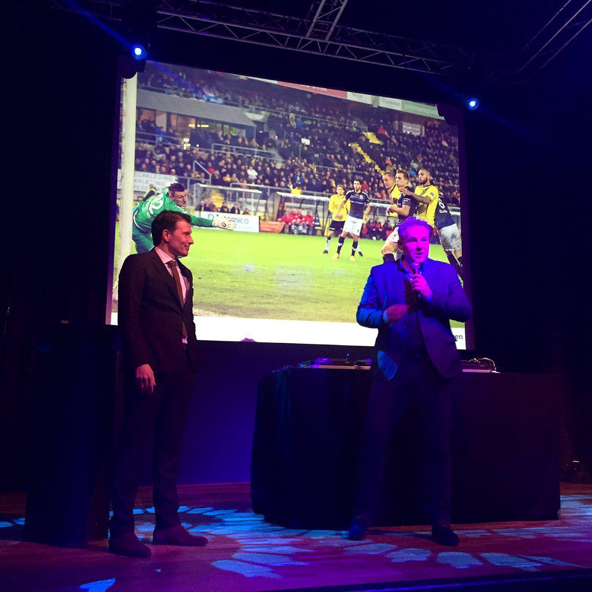 Justin Goetzee en Joep Schreuder tijdens de nieuwjaarsborrel op 12 januari 2016.