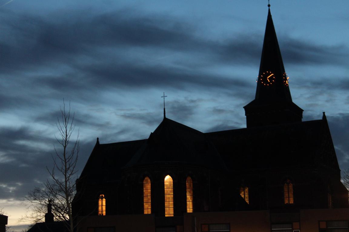 Steenbergen - Internetbode - Kerkklok in Kruisland verliest haar ...