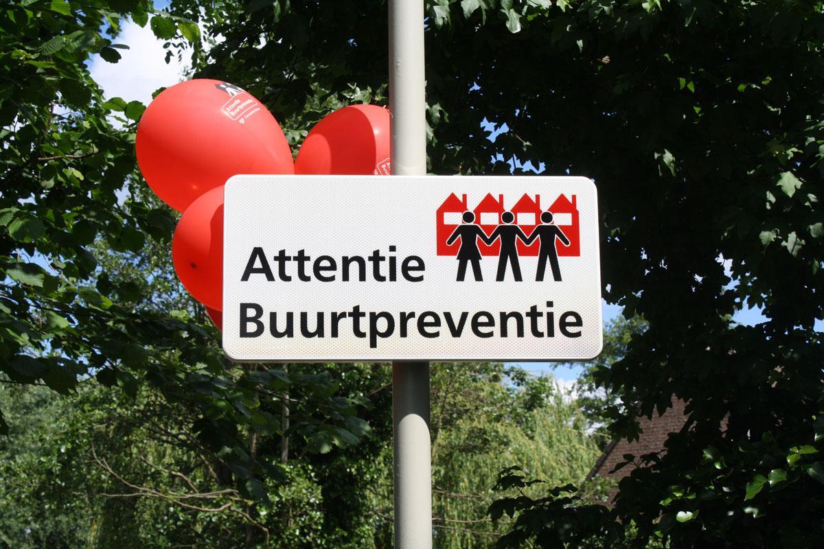 De startbijeenkomst voor buurtpreventie in de wijk Kievitsloop. foto Jelle Willers