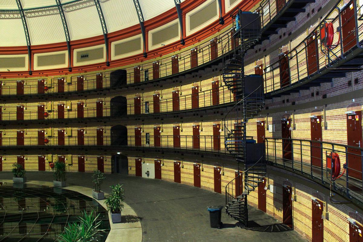 De Boschpoort gevangenis hield bij uitzondering de deuren voor bezoekers open foto Katinka Salden