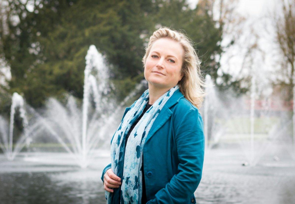 sollicitatiebrief raadslid Politieke nieuwkomer Manon Stevens: 'Een benaderbaar raadslid zijn' sollicitatiebrief raadslid