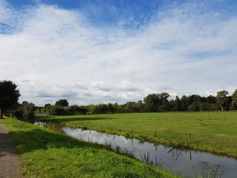 Wolkenvelden boven de Haagse Beemden van Breda