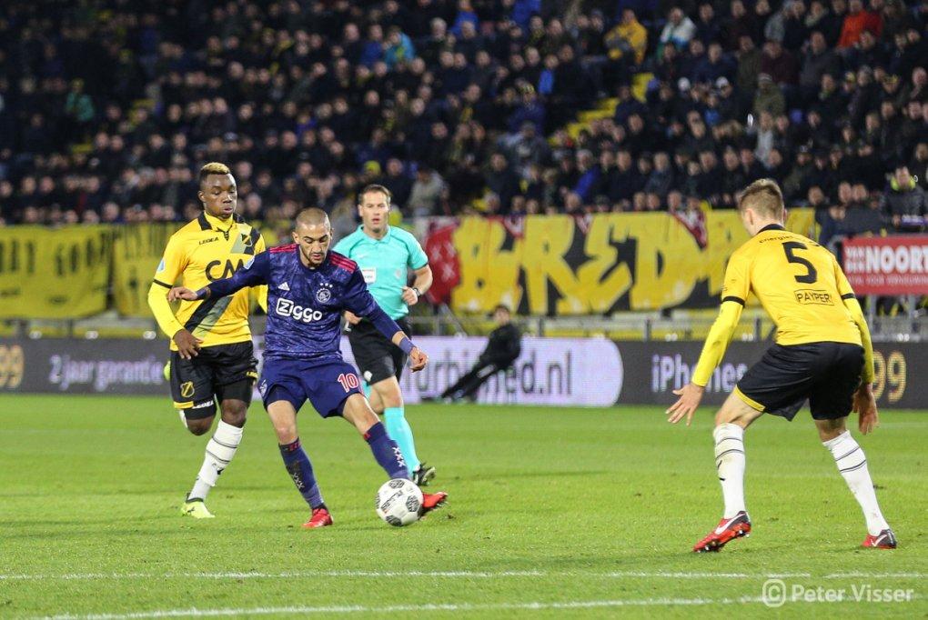 NAC ondervindt veel moeite tijdens verdedigen tegen Ajax