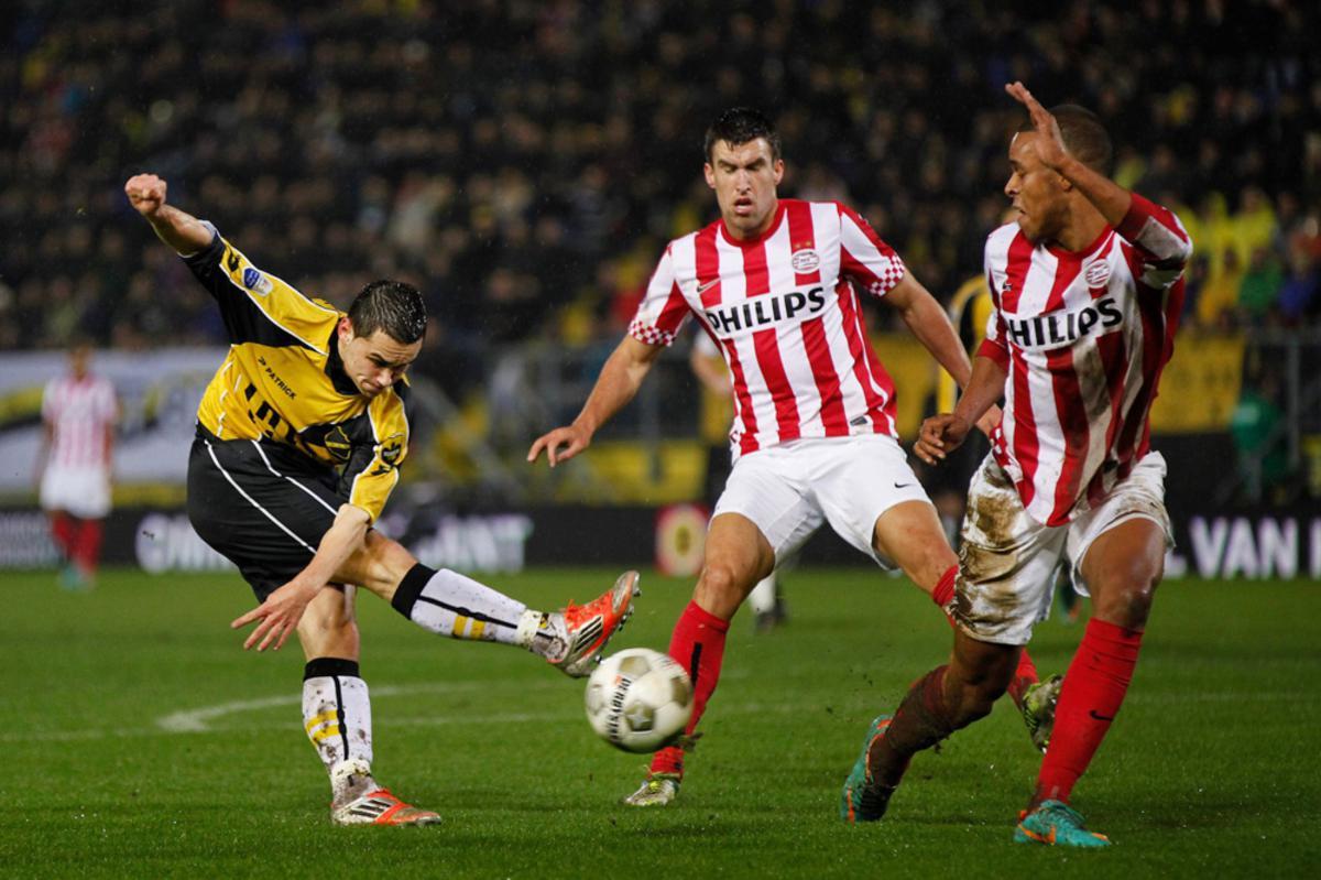 NAC heeft het niet gered tegen PSV. De Bredanaars verloren met 1-6. foto Peter Visser