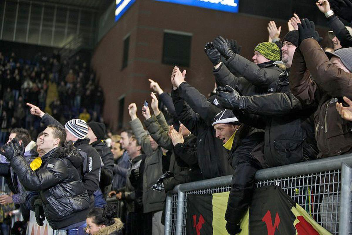 NAC is zeer efficiënt tegen PSV: 4-2, vrijdag 26 november. foto Peter Visser