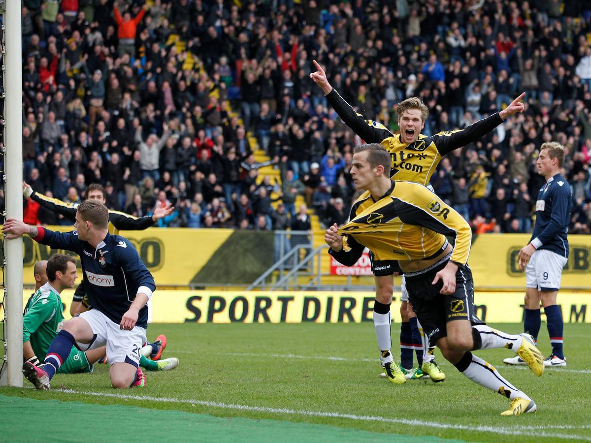 NAC klopt Willem II met 4-0. foto Peter Visser