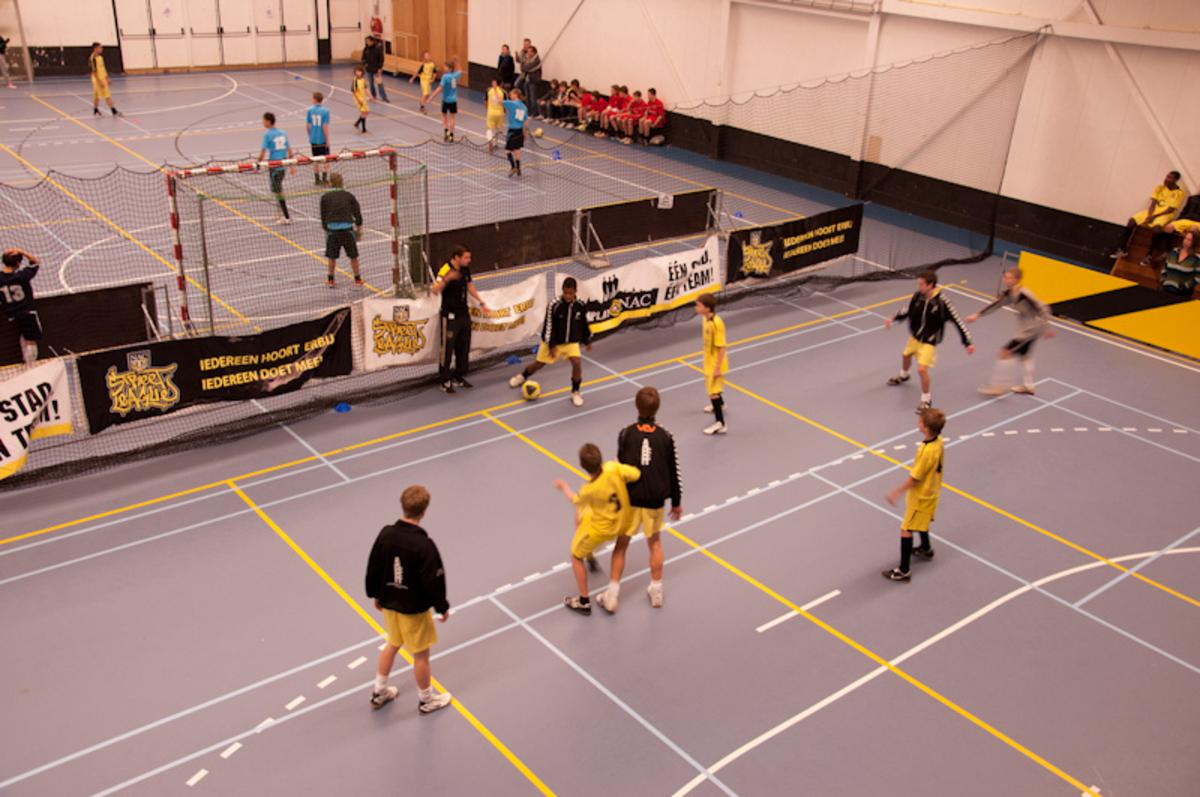 NAC Street League zaalvoetbal in Sporthal BRESS. foto Thaddeuz