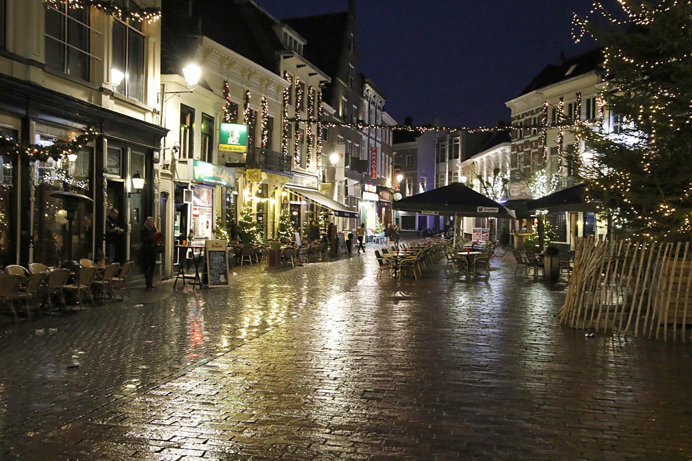 Breda in de nacht, januari 2016.