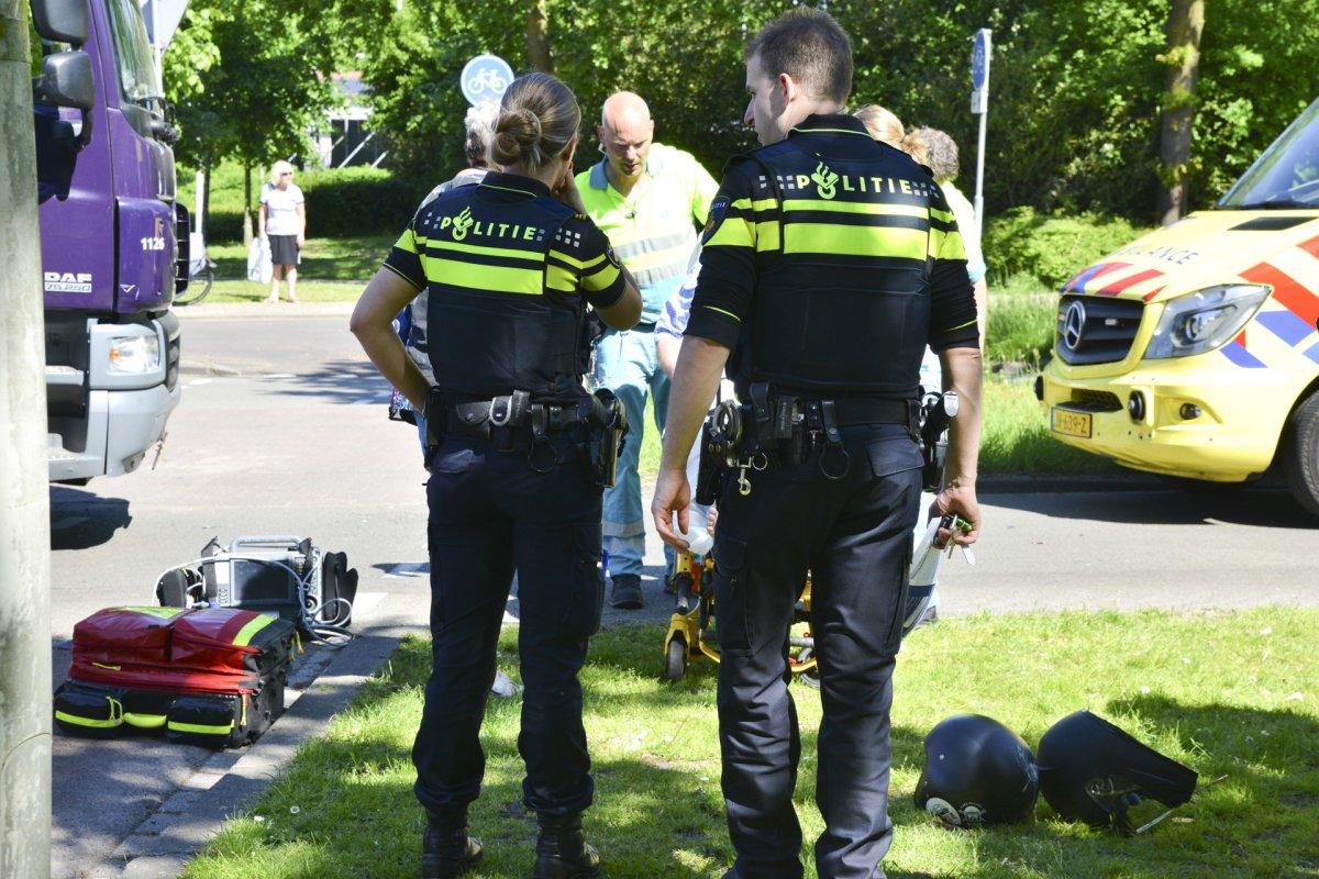 Gewonden bij aanrijding op kruising Emerparklaan-Tweeschaar