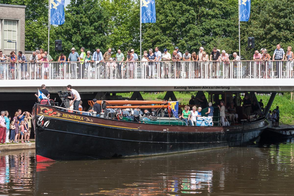 De officiële opening van de Koning Willem-Alexanderbrug. foto Jorgen Janssens