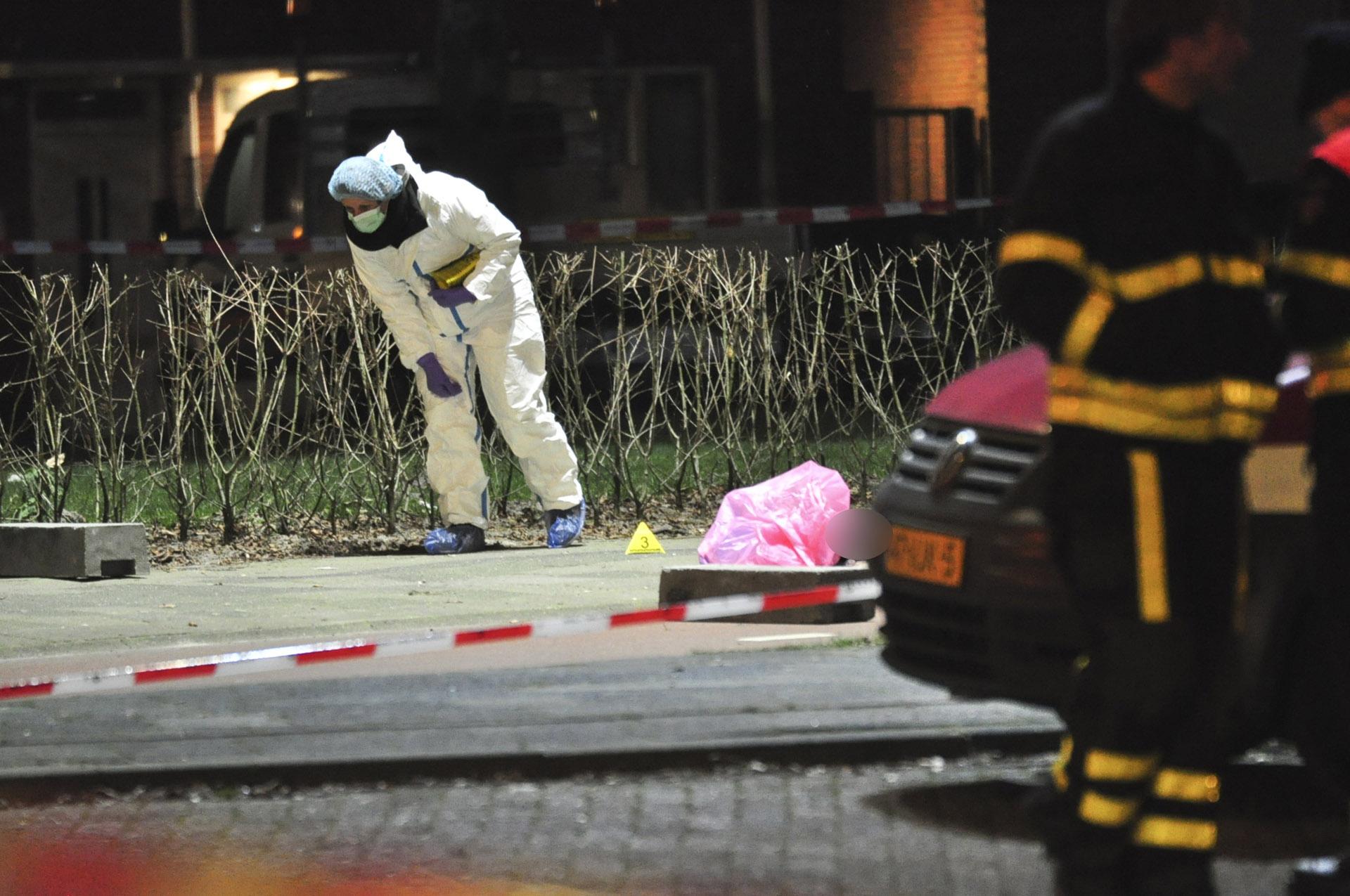 Een 60-jarige Bredanaar is omgekomen bij een schietpartij aan de Lunetstraat.