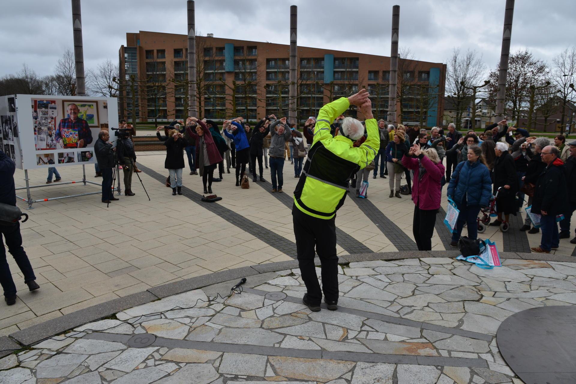 Fototentoonstelling Oog voor Elkaar Breda werd zaterdag geopend bij Heksenwiel.
