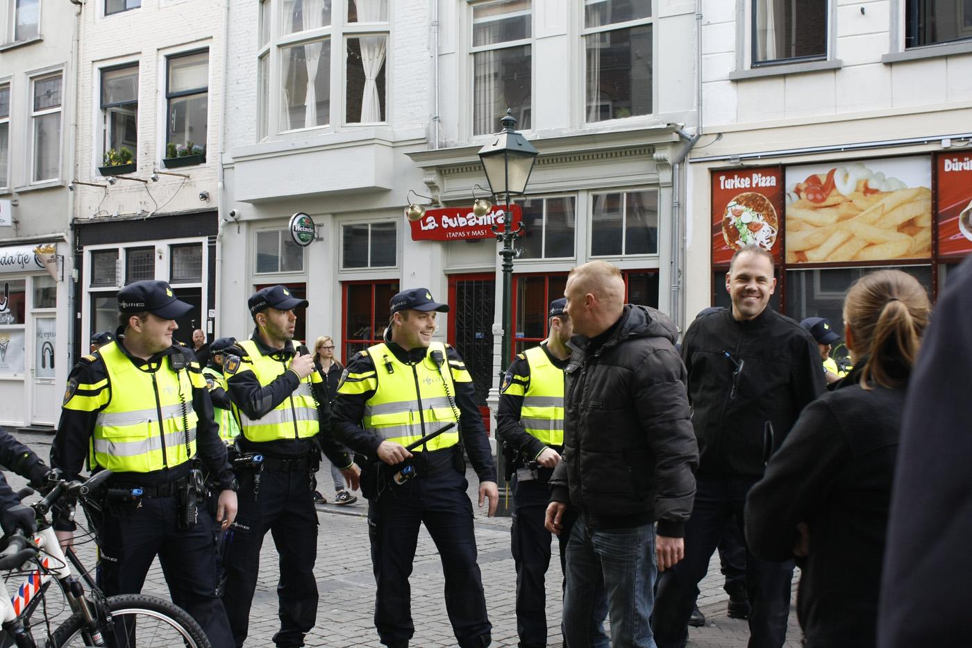De politie oefent dinsdag 19 april op situaties in het uitgaansleven in Breda.