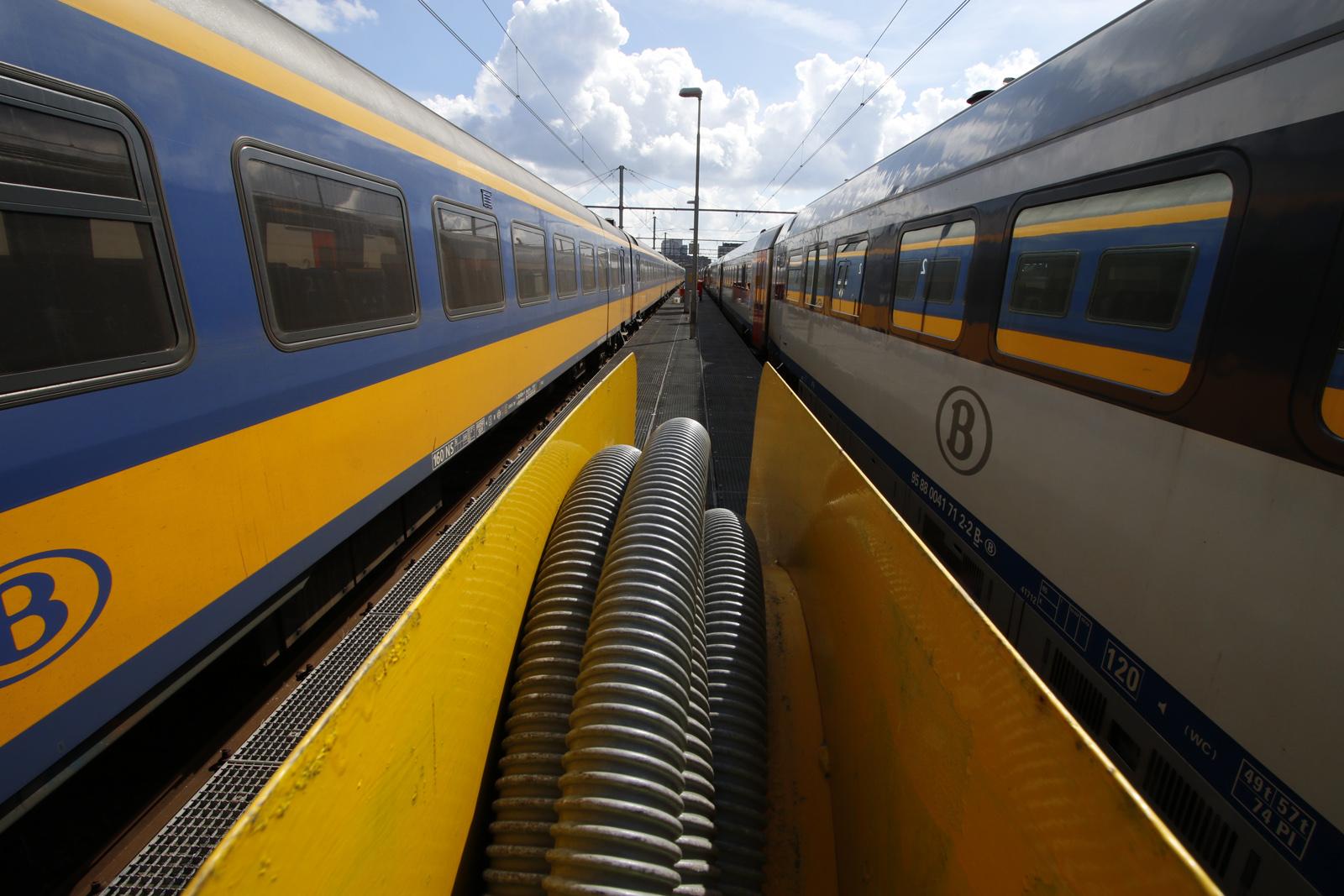 Een van de laatste testritten tussen Breda en Antwerpen met de IC Brussel, donderdag 29 maart 2018.