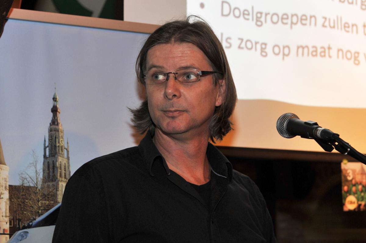 Politici in debat in De Koe in Princenhage: Patrick van Lunteren (SP) foto Janet Olde Wolbers
