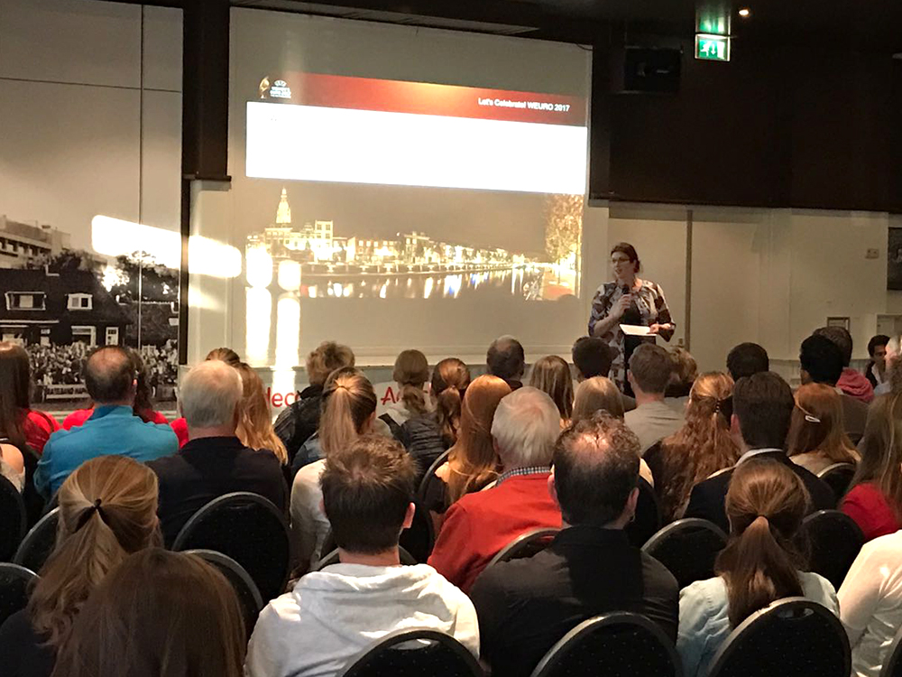 Presentatie voor vrijwilligers van WEURO 2017 in Breda.