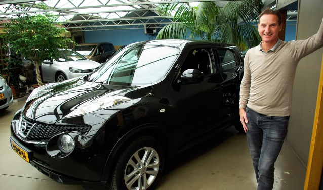 Joop Wortelboer bij de Nissan Juke: een uitgesproken auto.
