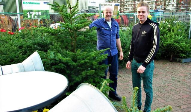 Kerstbomenverkoop Bij Gamma Is Begonnen Delft Op Zondag