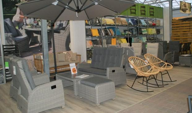Design tuinmeubilair sittingimage eigentijdse buitenmeubelen
