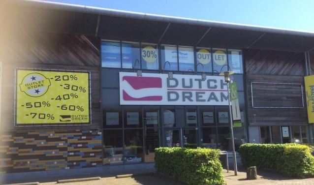 Dutch Dream Delft heeft tegenwoordig een uitgebreide outletafdeling.