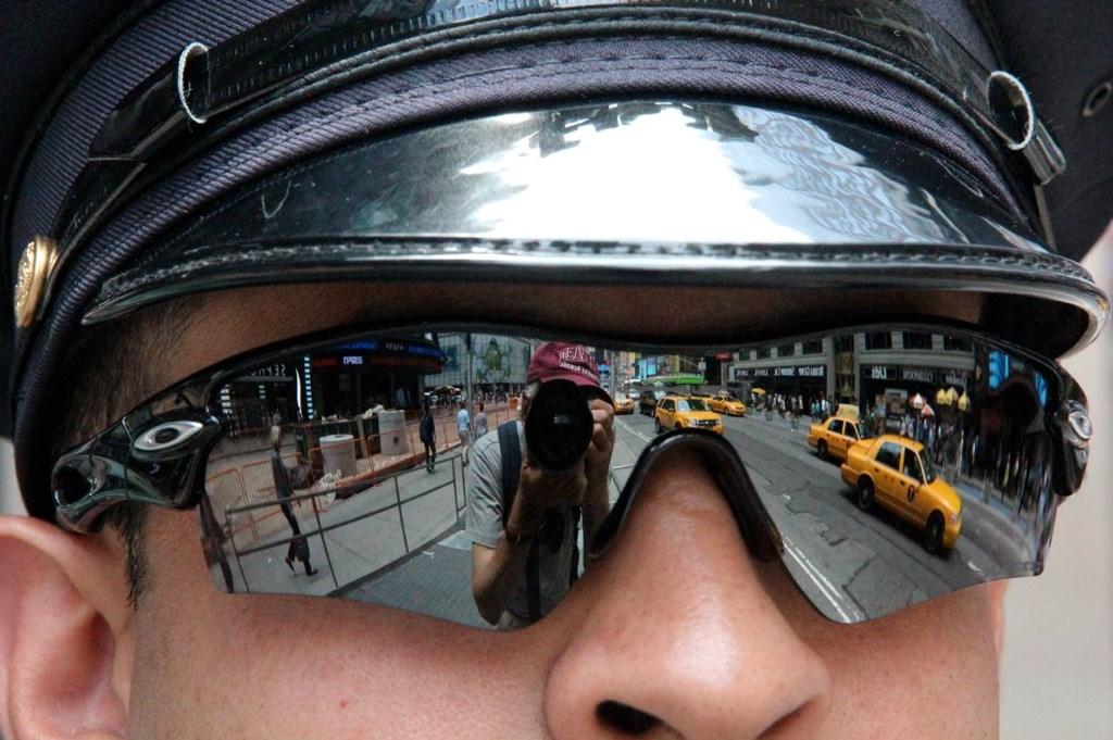 Fotograaf Maurits Pekelharing heeft 'spiegelingen' als invalshoek gekozen en dat levert prachtige plaatjes op.