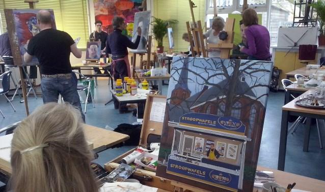 Jaarlijks zijn zo'n 200 cursisten actief in het atelier.