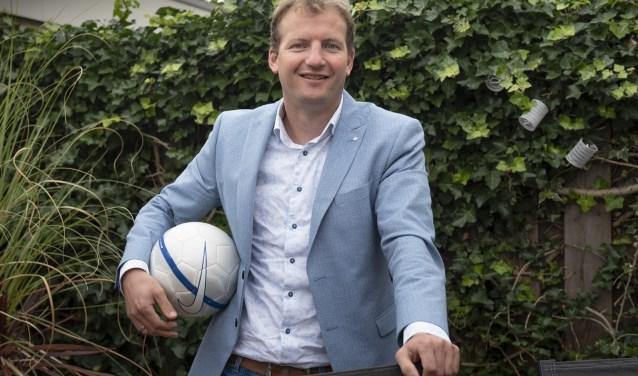 Bart Heemskerk speelde in de jeugd van DHL centraal in de verdediging, terwijl Roel van Velzen keeper was.. (foto: Roel van Dorsten)