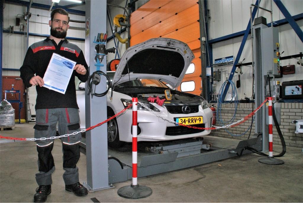 Veilig Elektrisch Over De Weg Met Idenburg Car Solutions Delft Op