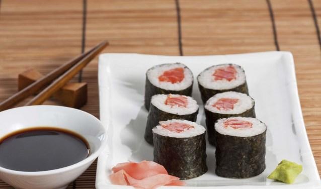 Geniet onbeperkt van onze vers gerolde sushi,