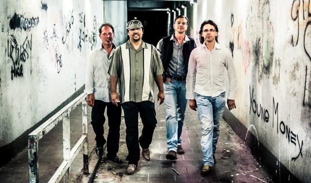 De formatie bestaat uit: Marco Neep (drums en zang), Henry Neep (basgitaar), Eric Bosma (gitaar en zang) en Peter Venema (harmonica en hammond).