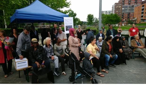 De opkomst tijdens de actiebijeenkomst in de Poptahof was groot. (foto´s: Joost van der Sluis)
