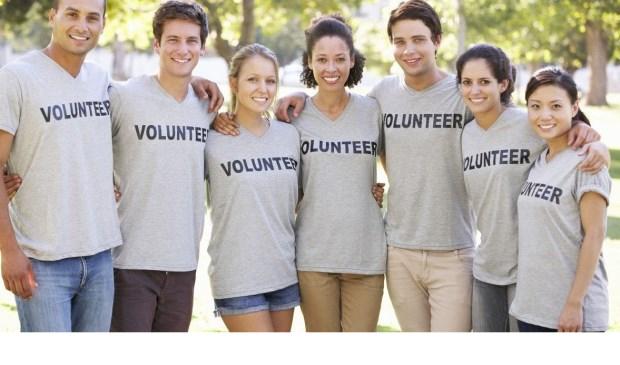 Het team is klaar voor de EHBO-workshop voor vrijwilligers.