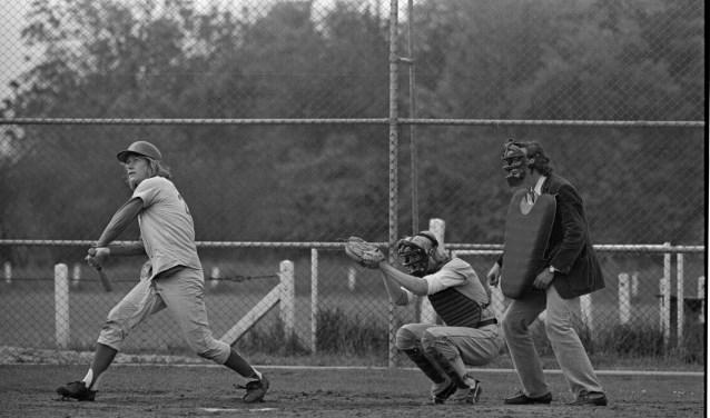 Harrie (links) in zijn 'hoogtijdagen' in 1971.