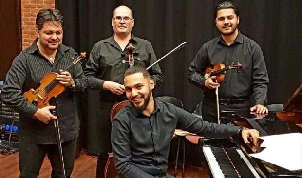 Het nieuwjaarsconcert bij Op Hodenpijl is deze keer in Zigeunerstijl met de Lincan Brothers.