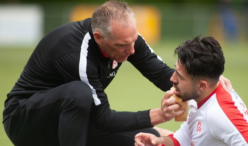 """Henk de Witte en Full Speed zijn met elkaar vergroeid. """"Jongens vragen of ik naar een andere club ga. Daar is absoluut geen sprake van, al zou ik een uitzondering maken als Sparta Rotterdam me vraagt."""" (foto: Roel van Dorsten)"""