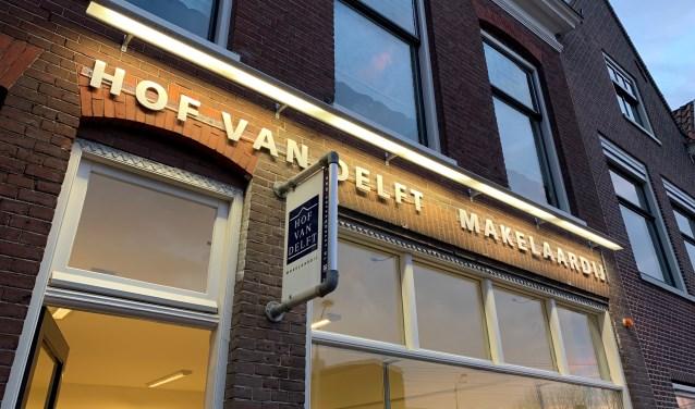 Hof van Delft Makelaardij is aan de Wateringsevest een vertrouwde aanblik.