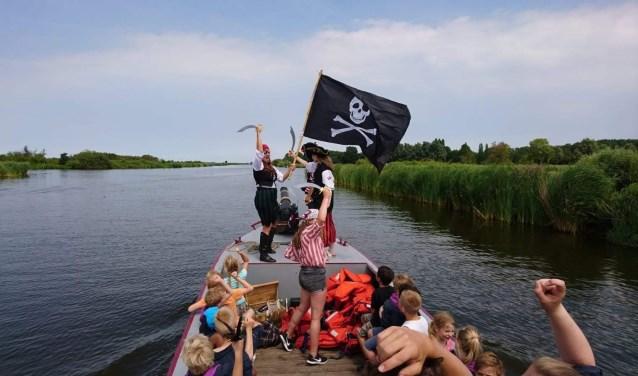 Hi ho, hi ho! De Bevers van Scouting Den Hoorn gaan varend op patrouille