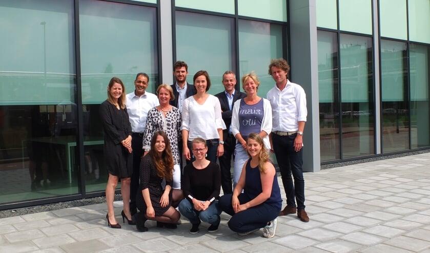 De teams van Biotech Campus en DAB, vastberaden bij elkaar.