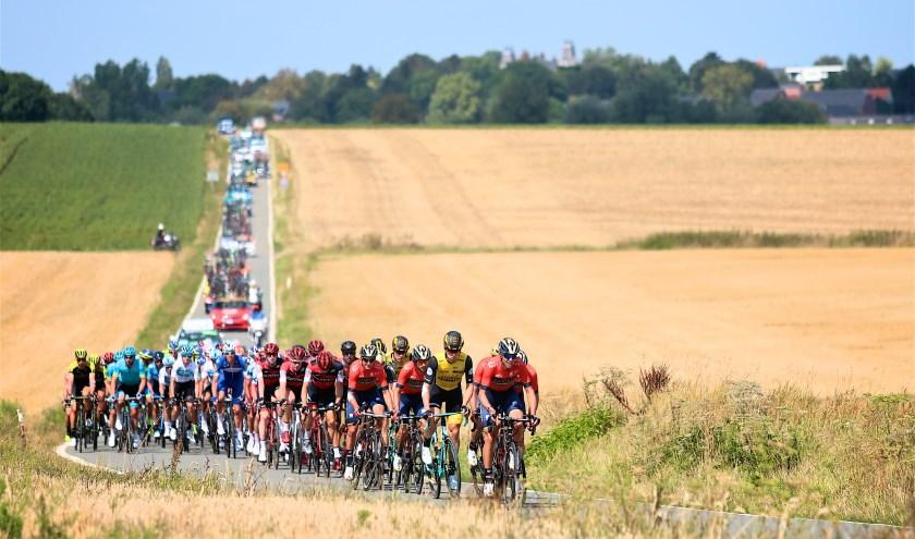 De Binck*Bank Tour telt in totaal zeven etappes. Foto Golazo Sports