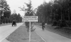 Hilversumsestraatweg voor Groot Kievitsdal in 1941.