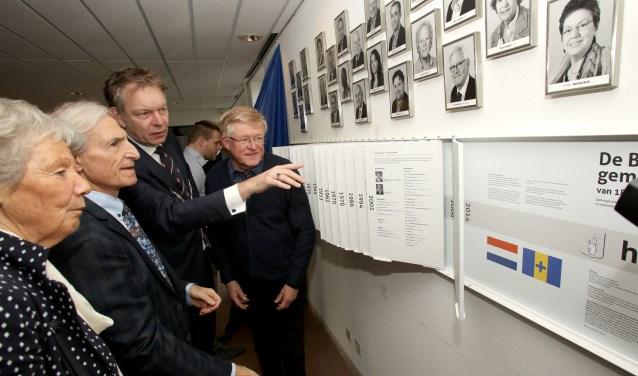 Burgemeester Mark Röell heeft de expositie geopend.