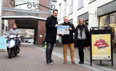 1000 euro voor banieren in De Croon