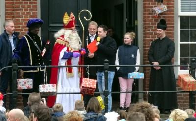 Tóch nog pepernoten bij Liempdse Sint-intocht